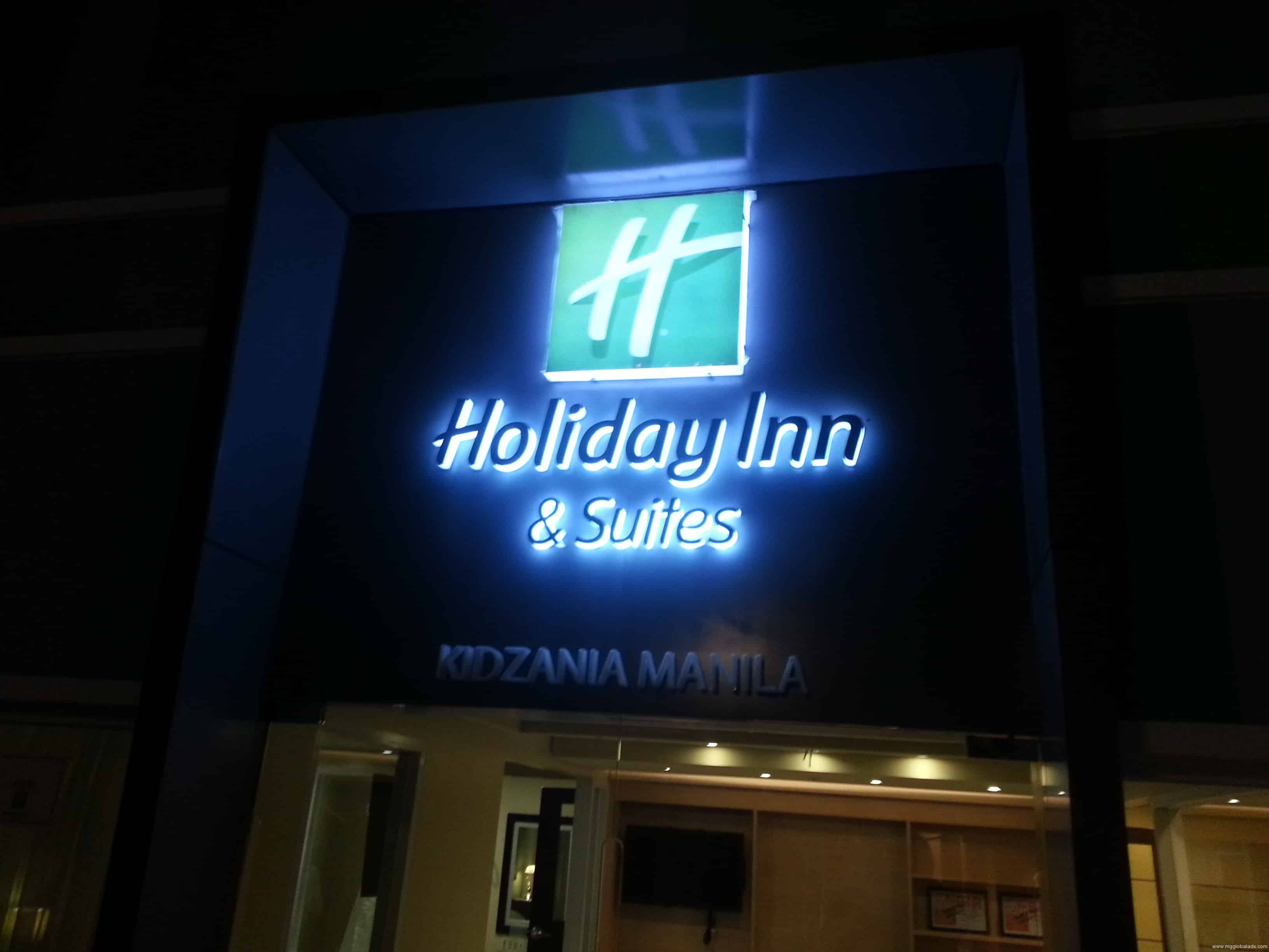 hotel signage | signage | Holiday Inn