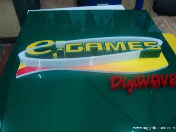 BUILD UP ACRYLIC SIGNAGE FOR eGAMES