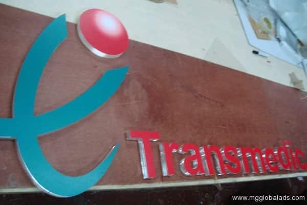 Sign Maker   Acrylic Signage   TRANSMEDIC  acrylic signage