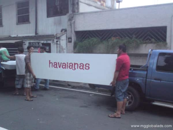 Sign Maker | Signage | Havianas| acrylic signage