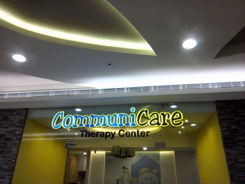 acrylic sign for communicare| acrylic signage|school signage