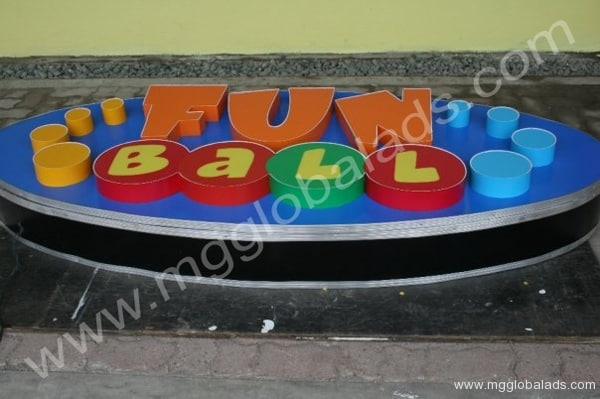 Sign Maker | Signage | FUN BALL
