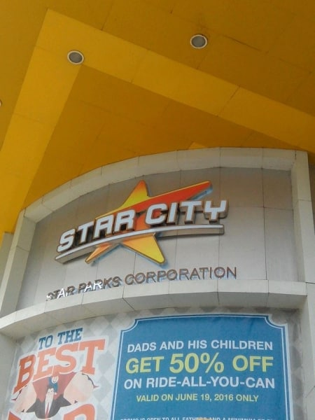 starcity| building signage