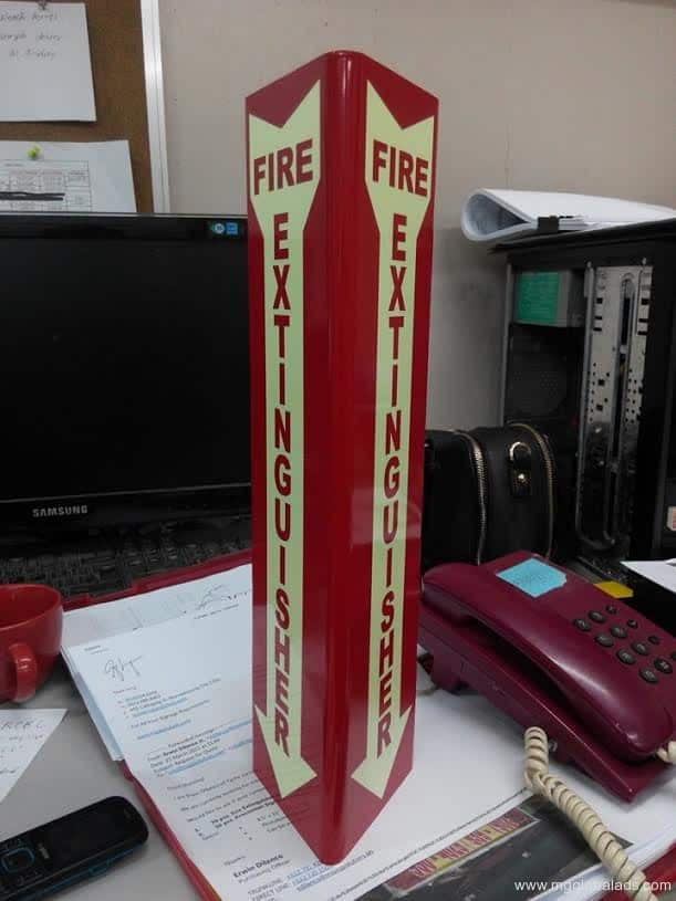 fire extinguisher | photoluminescent sign |directional signs