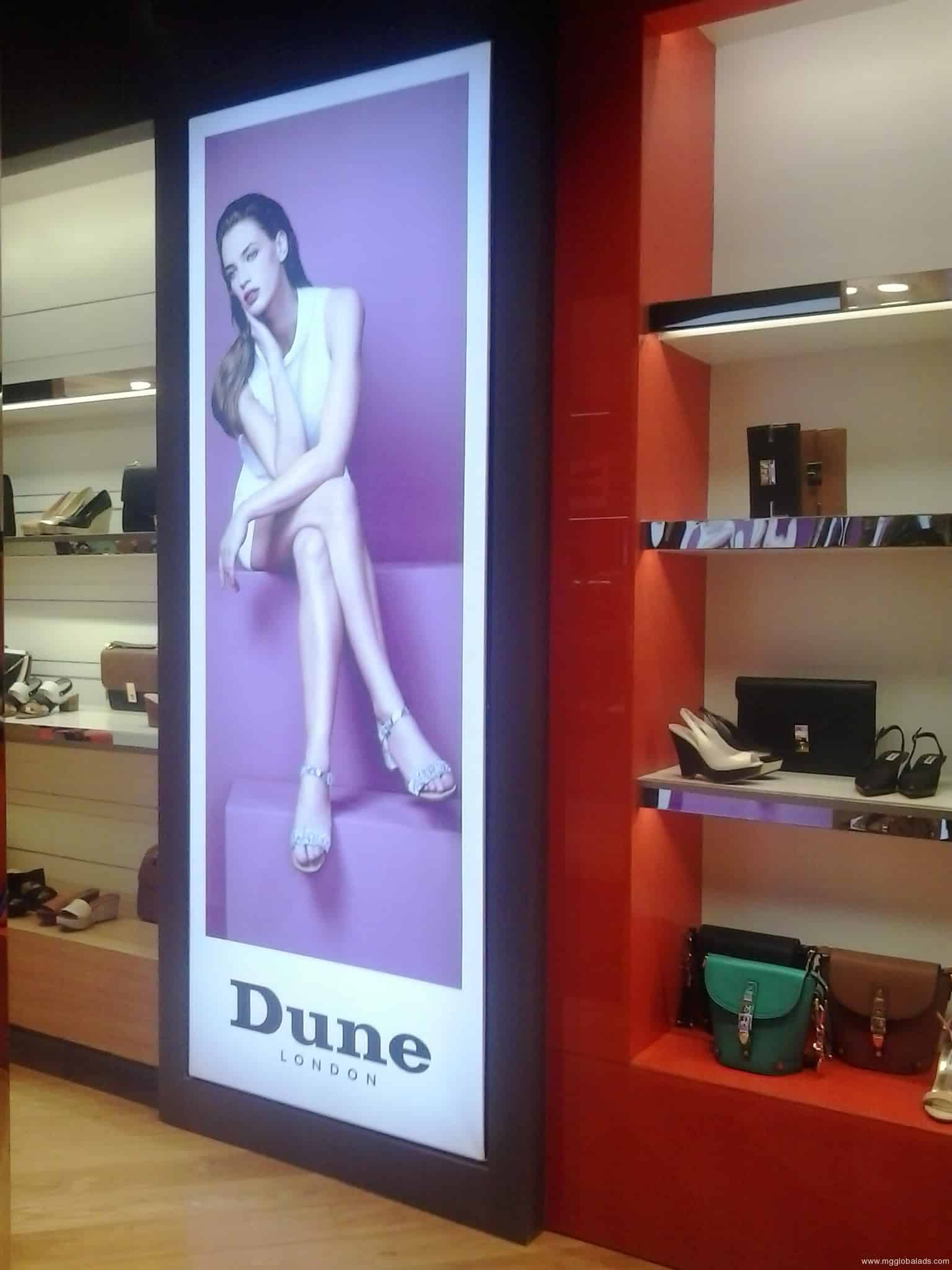 dune lightbox| Acrylic Signage |lightboxes