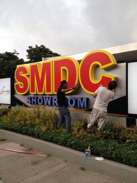 smdc showroom signage |signage maker