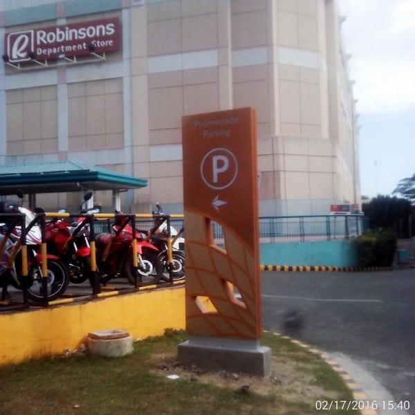 festival parking totem signage | Directional Signage | signage company