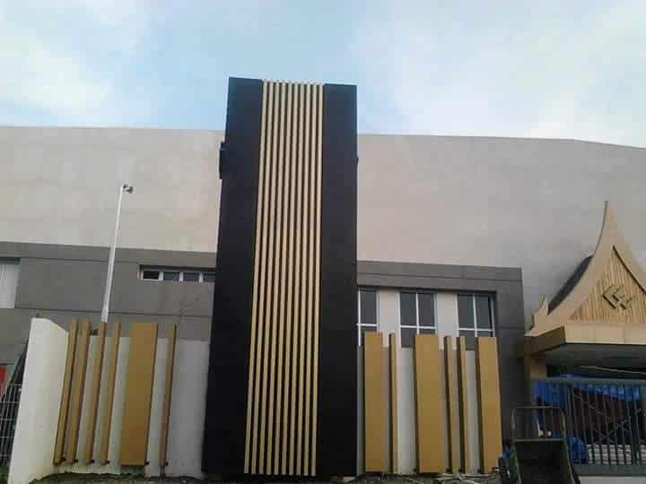 black pylon signage| Acrylic Signage |signage company