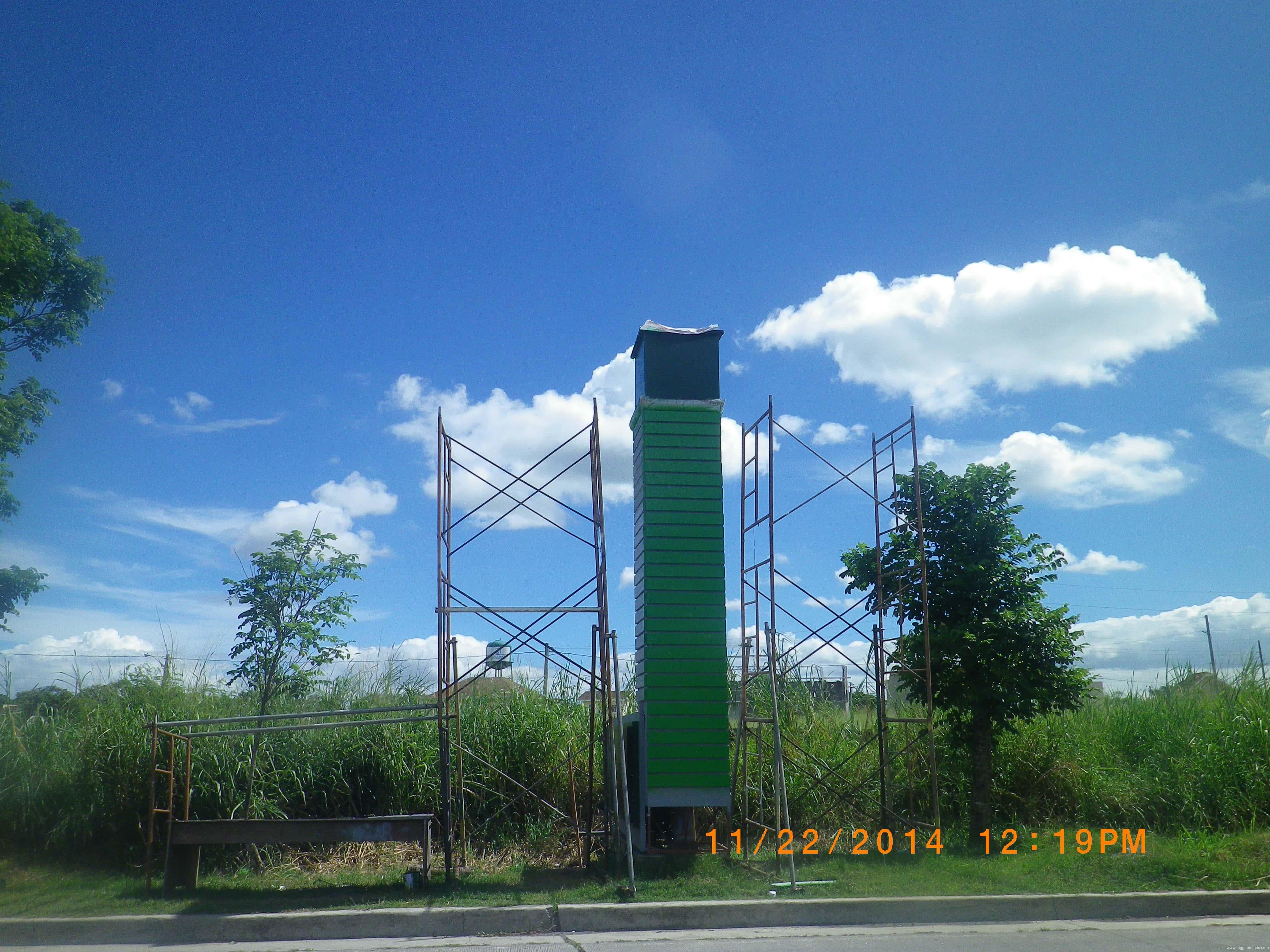 pylon post-signages| Acrylic Signage |signage companies